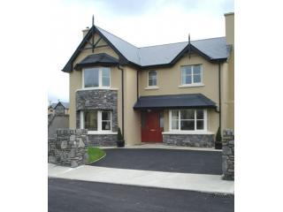 Davitts Kenmare Holiday Rentals - County Kerry vacation rentals