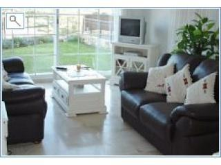 Living Room and garden - Apartment - Siesta - rentals