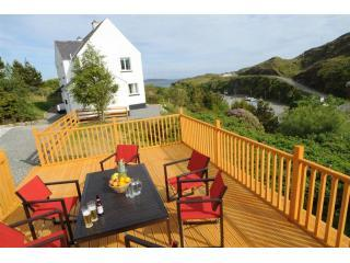 House and Side of Garden Decking - Collam Villa - Isle of Harris - rentals