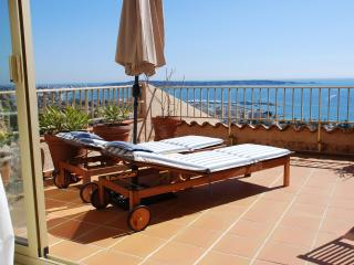 Possibly the best view of the Riviera coastline! - Cote d'Azur- French Riviera vacation rentals