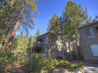 Super 2 BR, 2 BA Condo in Incline Village (CDC0622) - Incline Village vacation rentals