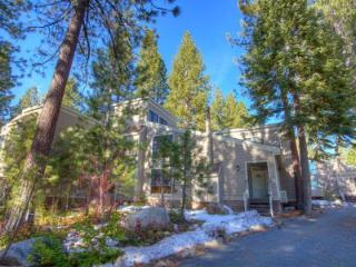 Fabulous 4 Bedroom & 2 Bathroom Condo in Incline Village FPC0812 - Nevada vacation rentals