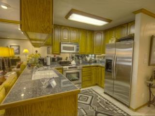 Ideal Condo with 3 BR & 3 BA in Incline Village (IVC0815) - South Lake Tahoe vacation rentals