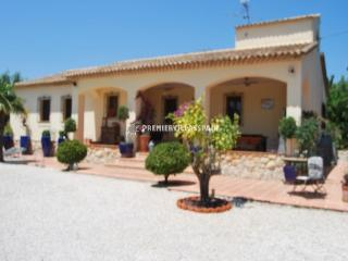 Finca Rosa - Jalon Sleeps 2 to 6 - Jalon vacation rentals