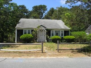 Captain Chase Rd 87 - Dennis Port vacation rentals