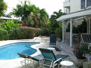 Vida Mejor poolside - Holetown vacation rentals