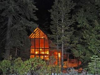 Chambers Retreat **Pet Friendly** - Truckee vacation rentals