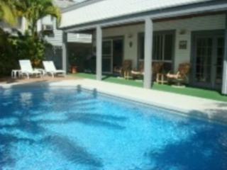 Exec Eco Friendly Beachside Home w/ Swimming Pool - Kailua vacation rentals