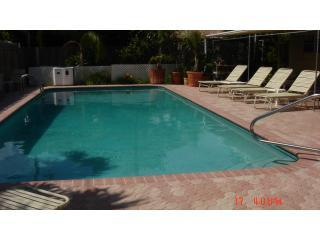Large Heated Swimming Pool - Estoril Paradise Vacation Rentals up to 30% DISC. - Fort Lauderdale - rentals