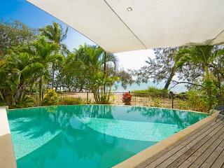 Oak Beach Boathouse - Hamilton Island vacation rentals