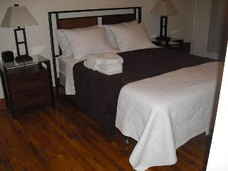 3bed/2 bath , 8 pax, From $3.000 month , full kit - Manhattan vacation rentals