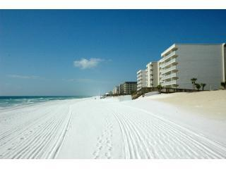 Check out late Summer beach rates! - Fort Walton Beach vacation rentals