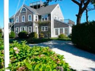 House in Nantucket (3717) - Image 1 - Nantucket - rentals