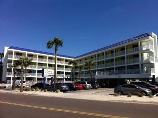 Pelican Pointe Clearwater Beach Gulfview Condo 416 - Clearwater Beach vacation rentals