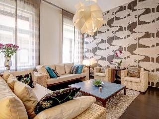 115 sqm 2 br A/C Wi-Fi Luxury Apt. next to Opera - Budapest & Central Danube Region vacation rentals