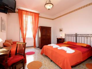 Apartment Aureliano - Rome vacation rentals