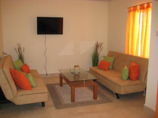 IMG_0413.JPG - Silverbreeze Apartments 2bed,2bath unit - Christ Church - rentals