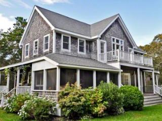 SANDY FEET RETREAT WITH GUEST HOUSE - EDG KJOH-06 - Edgartown vacation rentals