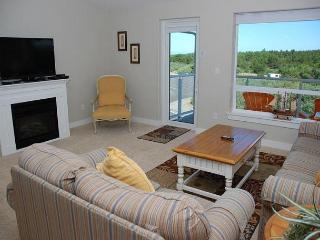 Luxury beach condo - Awesome view of lighthouse!  Walk to beach! - Westport vacation rentals