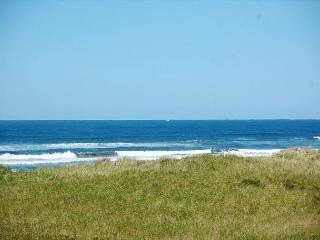 Economic Ocean View Beach Vacation Condo - Southern Washington Coast vacation rentals