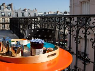 018 Left Bank Penthouse - 3rd Arrondissement Temple vacation rentals