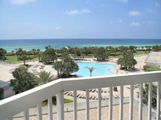 BEACHFRONT FOR 6!! GREAT VIEWS! SAVE 10% ON SEP/OCT STAYS! - Panama City Beach vacation rentals