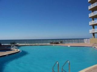 BEACHFRONT FOR 6! WOW VIEWS!  NEW DECOR! OPEN 10/4-11! TAKE 15% OFF! - Panama City Beach vacation rentals