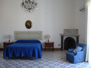 The master bedroom - Light, space and elegance: Butera28 Apartment # 11 - Palermo - rentals
