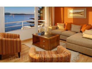 Luxury 3 bedroom condo in front of the Lake (AF7) - Image 1 - San Carlos de Bariloche - rentals