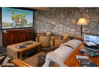 15 Meter Indoor Swimming Pool and Hot tub (H35)!! - Image 1 - San Carlos de Bariloche - rentals