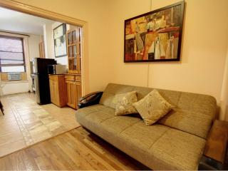 Beautiful 2 bdrm in Upper East - New York City vacation rentals