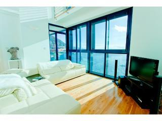 Holiday Apartment Gibraltar - Lounge with door to Balcony affording excellent views of the Bay - Luxury, Duplex Waterside Apartment in Gibraltar - Gibraltar - rentals