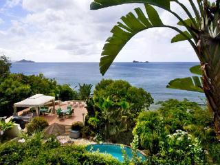 Unique home, perched above Nail Bay Beach. Expansive ocean view. MAV SUN - Saint Croix vacation rentals