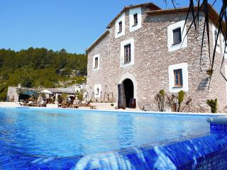 Villa Rental in Catalonia, Sant Pere de Ribes - El Magnifico - Catalonia vacation rentals