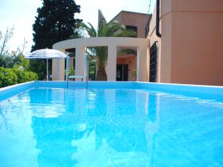 Villa Rental in Sicily, Brucoli - Villa Agrume with Cottage - Brucoli vacation rentals
