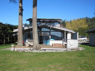 Doris St Beach House - Anacortes vacation rentals