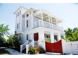 Cozy/Fun in Rosemary Beach/wifi and bikes included - Rosemary Beach vacation rentals