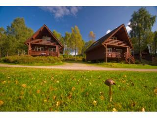 Woodland Lodges- sleep 6 in 3 bedrooms, 3 star property open March to November - Tomich Holidays - cottage/lodge Loch Ness Scotland - Loch Ness - rentals