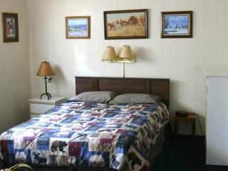Great House with 2 Bedroom, 2 Bathroom in Whitefish (02D) - Whitefish vacation rentals