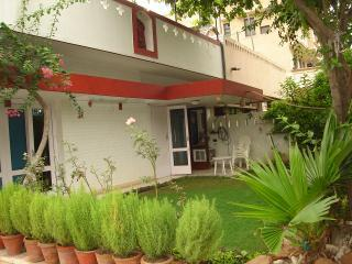 Bed and breakfast New Delhi homestay - National Capital Territory of Delhi vacation rentals