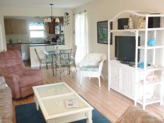 Seashells of Sanibel #14   Best value on Sanibel - Sanibel Island vacation rentals