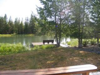 Dock & River Summer - Cabin on Deschutes River mins from Sunriver resort - Sunriver - rentals