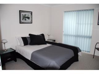 Main bedroom - Dalby Rental Accommodation - modern 2 bedroom unit - Dalby - rentals