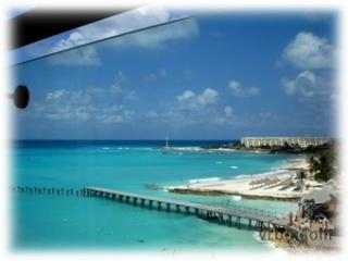 Luxurious three bedroom condo in Hotel Zone - Cancun vacation rentals
