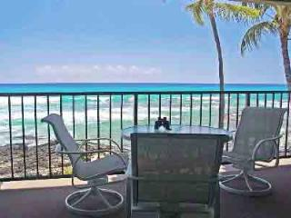 Private Lanai only 30' from the Oceans Edge & more - Kona Coast vacation rentals