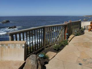 Cliffside Cottage - Bodega Bay vacation rentals
