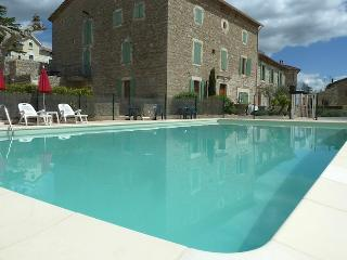 2 bedroom apartment close to Montpellier & Nimes - Canaules-et-Argentieres vacation rentals