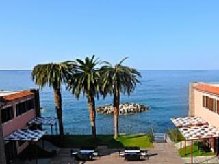 Appartamento Torre Caleo H - Acciaroli vacation rentals