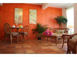Castaway, Living room with Mexican tile floors - Castaway One bedroom - Saint Thomas - rentals