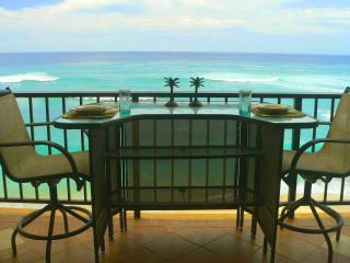 Luxury Beachfront Condo Away from the Crowds - Makaha vacation rentals